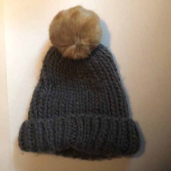997ce8add67 Barneys New York Accessories - Barneys Gray winter hat with Pompon